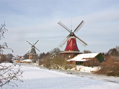 Bild Zwillingsmühlen Greetsiel Winter