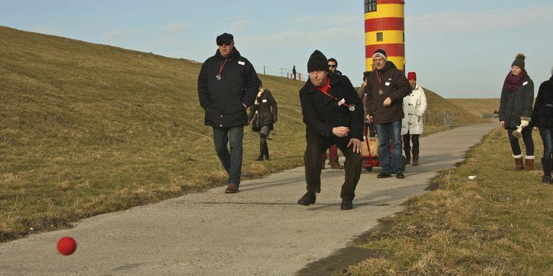 Bild Gruppenreisen Traditionssport Boßeln