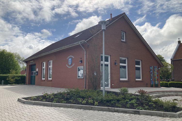 Öffentliche Toilette im Dorfgemeinschaftshaus Hamswehrum