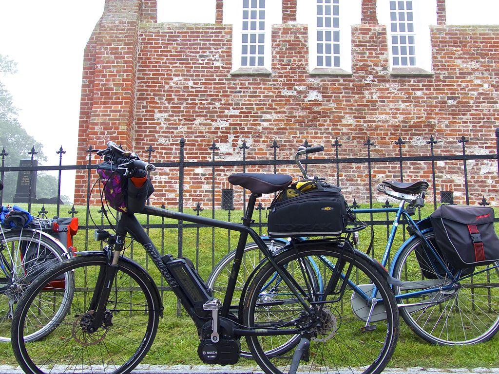 Bild Krummhörner Kirchturmtour Hero Fahrrad