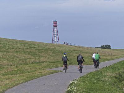 Bild Krummhörner Kirchturmtour Campener Leuchtturm