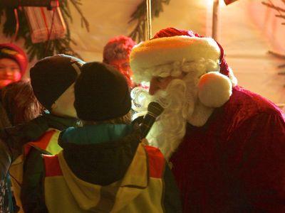 Bild Galerie Weihnachtsmarkt Lüttje Greetmer Wiehnachtsmarkt Weihnachtsmann