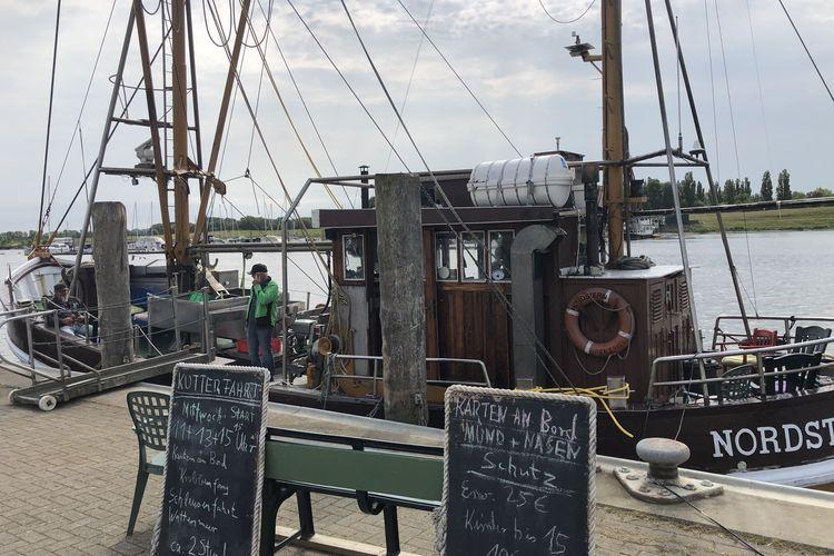 Bild Krabbenkutterfahrt Hafen Greetsiel