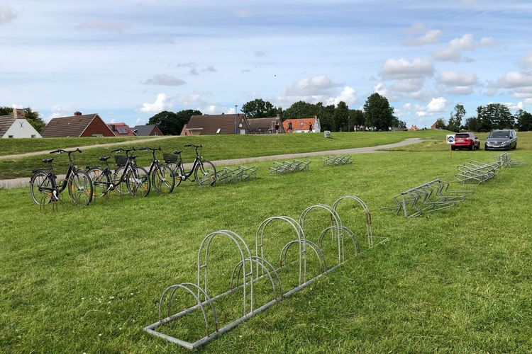 Bild Fahrradparktplatz im Hafenbereich Greetsiel