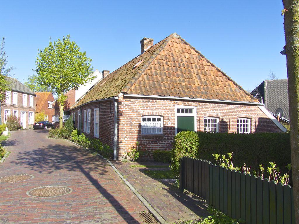 Grimersum Dörfer der Krummhörn in Ostfriesland an der Nordseeküste