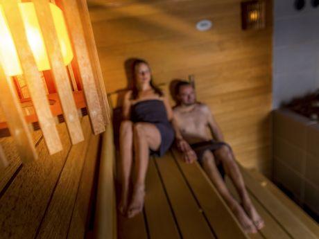 Bild Schimmbad Oase Greetsiel Sauna Wellnesstag
